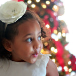 Photography Tutorials: 5 Tips for Taking Your Indoor Holiday Photos