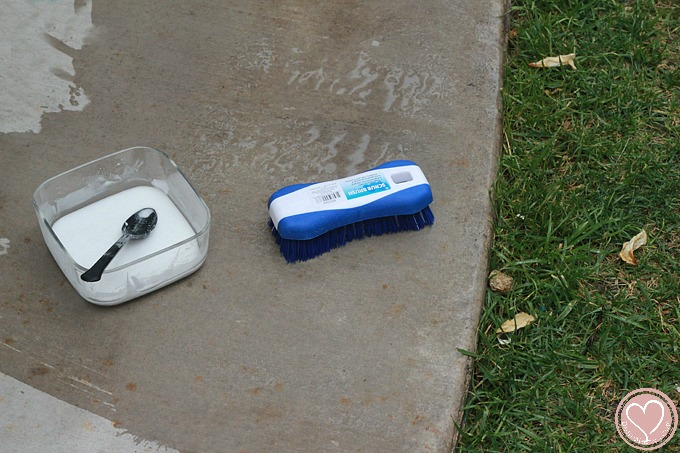 Cleaning Concrete Patio With Natural Cement Cleaner
