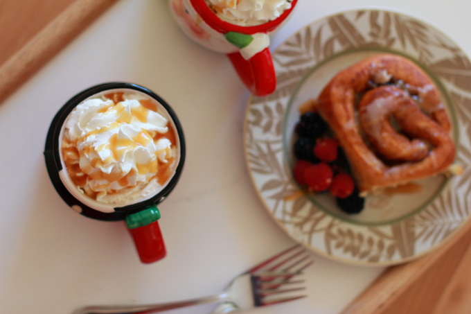 Coffee Christmas Morning.Easy Spiced Coffee Drink For Christmas Morning
