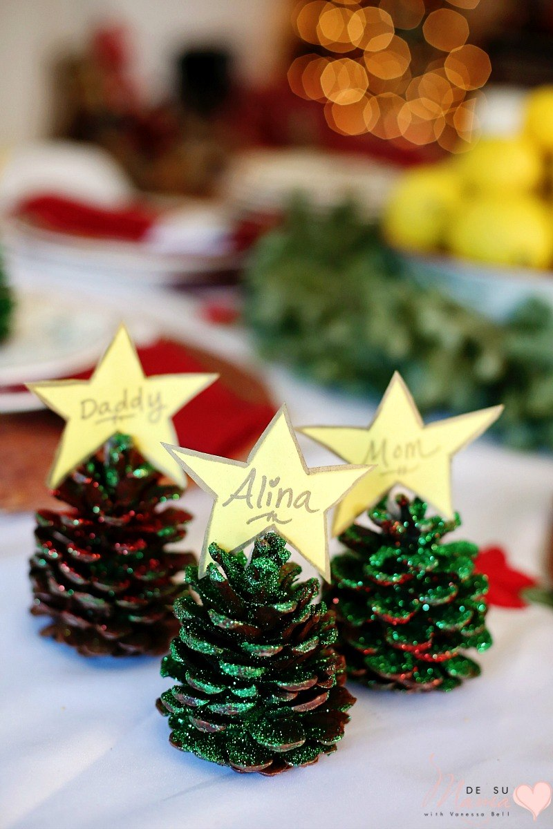 Pinecone Crafts: Glitter Name Cards for Christmas Table